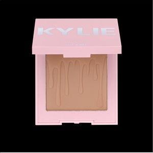 Kylie Cosmetics Toasty Bronzer NWT